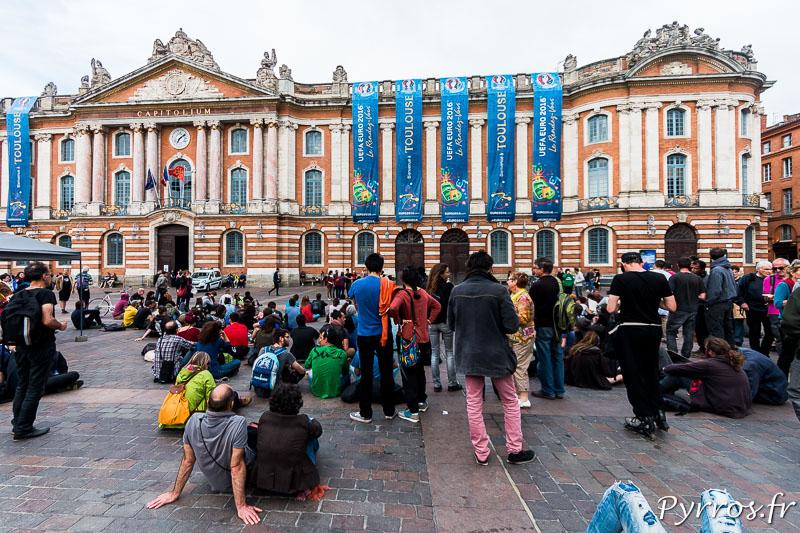 A Nuit Debout certains appellent à aller liberer les interpeller de la fin de la manifestation de Toulouse