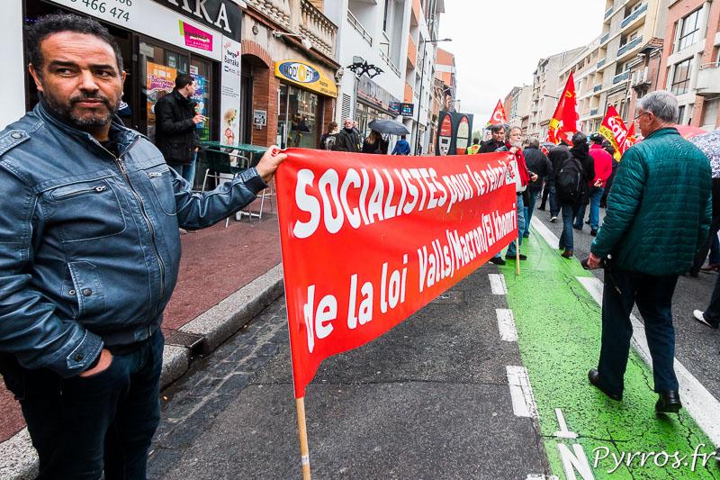 Des Socialistes demandent le retrait de la loi travail