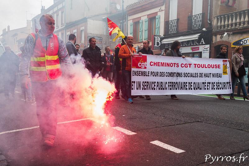 Les cheminots sont présents en nombre dans le cortège de la manifestation pour le retrait de la loi travail