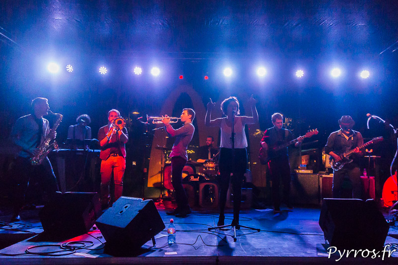 Certains groupes ont de la lumière pour la Fete de la Musique de Toulouse