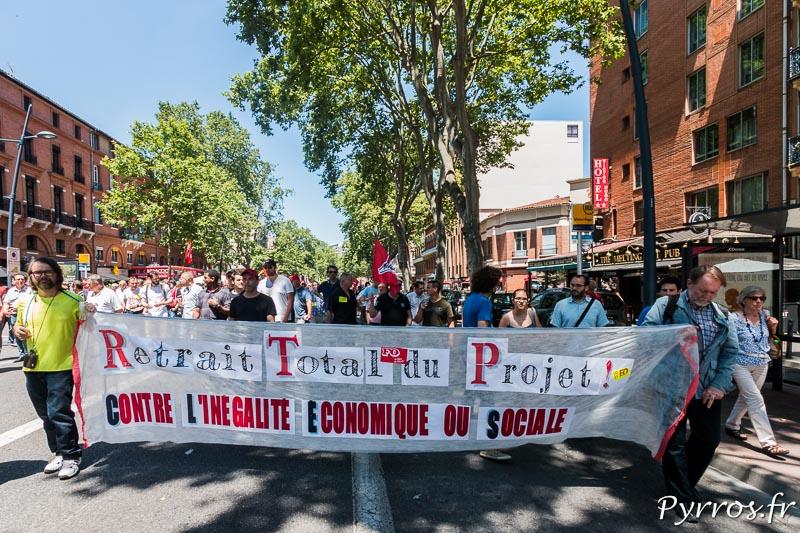 Une des nombreuses banderoles de la manifestation contre la loi travail