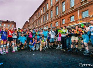 200 patineurs ont pris le départ de la randonnée roller pistolets à eau pour une grande bataille d'eau dans les rues de Toulouse