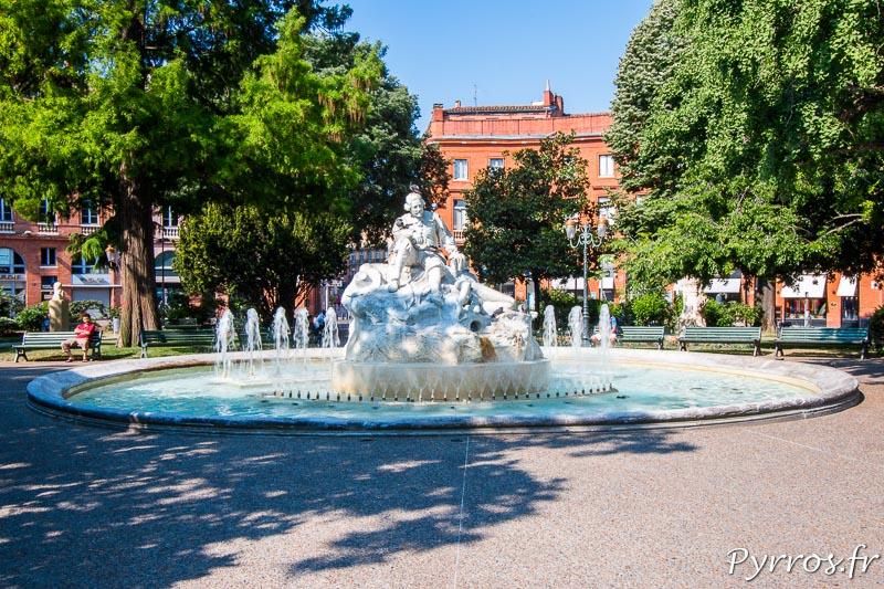La fontaine Goudouli du nom du poète qu'elle représente