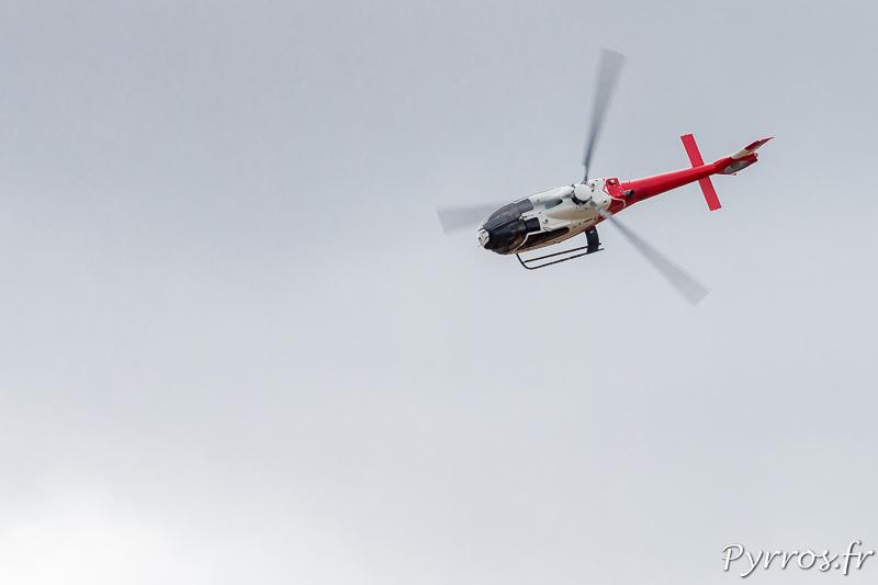 Eurocopter EC-120 B Colibri en virage à gauche
