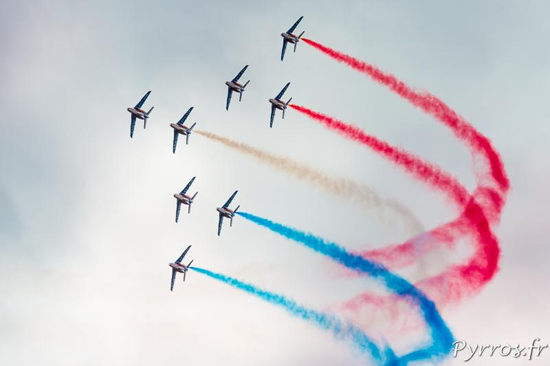 La Patrouille de France en formation Concorde