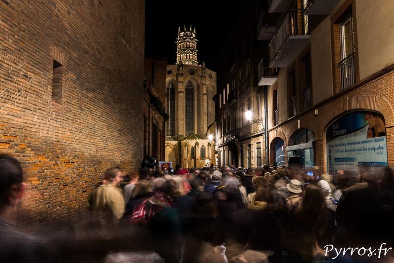 Les toulousains ont bravé la pluie pour assister à l'illumination du couvent des Jacobins
