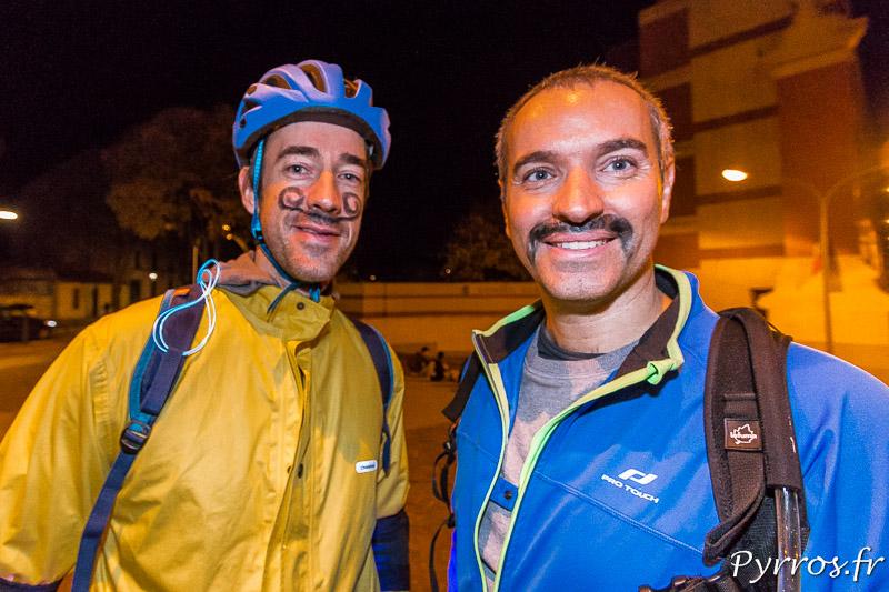 Les patineurs se sont dessinés des moustaches pour participer à la randonnée roller Movember