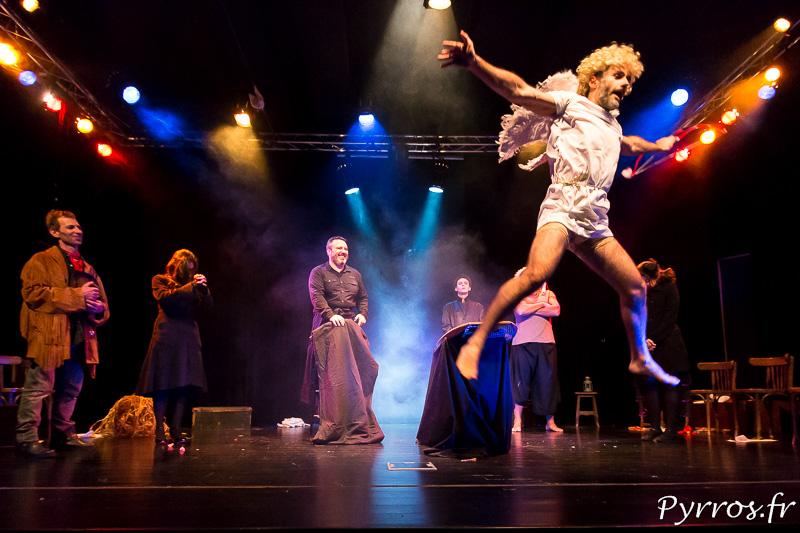 Dirty Old Town de Art en Ciel est jouée dans l'auditorium de Balma