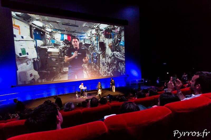 Thomas Pesquet répond aux questions des visiteurs de la Cité de l'Espace depuis l'ISS