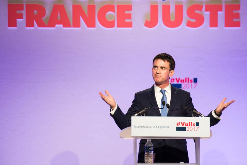 Manuel-Valls-en-meeting-dans-la-proche-banlieue-toulousaine-dans-le-cadre-de-sa-campagne-éléctorale-lors-des-primaires-de-la-gauche