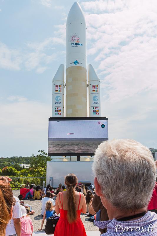 Lors du retour de Thomas Pesquet, les visiteurs sont nombreux a assister a l'atterrissage de la capsule Soyouz