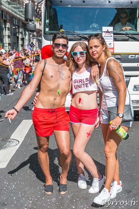 """Les sauveteurs de """"Baywatch"""" étaient présents à la Marche des Fiertés de Toulouse"""