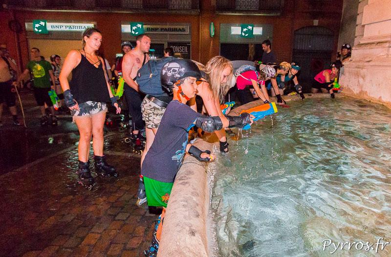 A la fontaine Ariège Garonne les patineurs font le plein de munition
