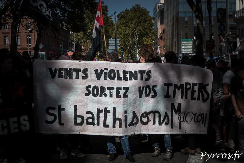 Certains manifestants veulent tout casser comme les cyclones à Saint Barthélémy