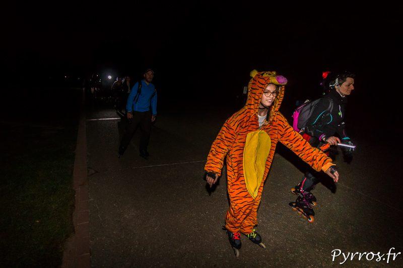 Tigrou sort du chemin le plus sombre de cette randoween