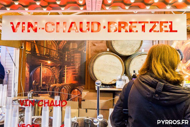 Les vendeurs de vin chaud sont nombreux au Marché de Noël de Toulouse