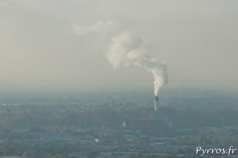 Pollution de l'air à Toulouse, les industries continuent de cracher leurs fumées