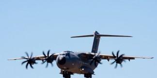 Démonstration de l'Airbus 400M (dit grizzly)