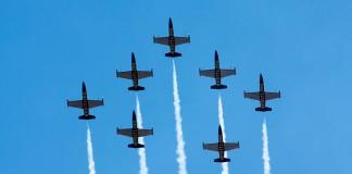 Breitling Jet Team, Formation Avenger