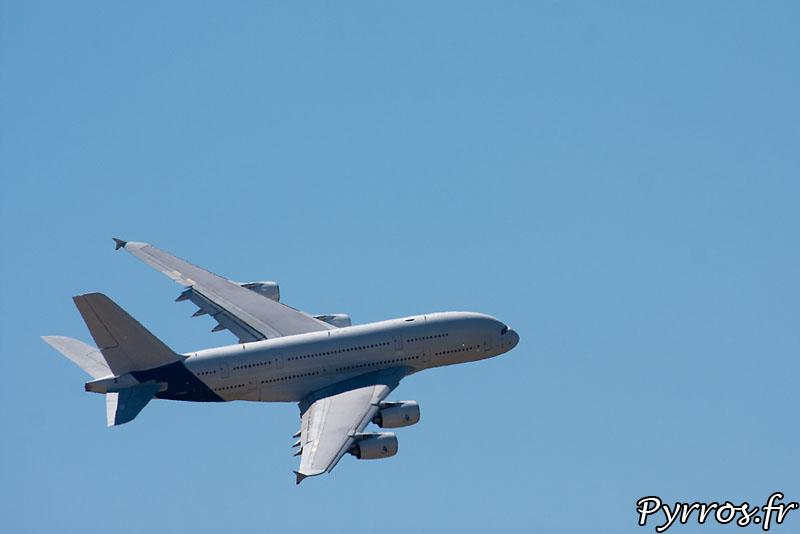 Airbus 380 F-WWDD dit Dédé, manœuvre basse vitesse