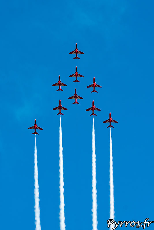 Red Arrows, formation Eagle (aigle)