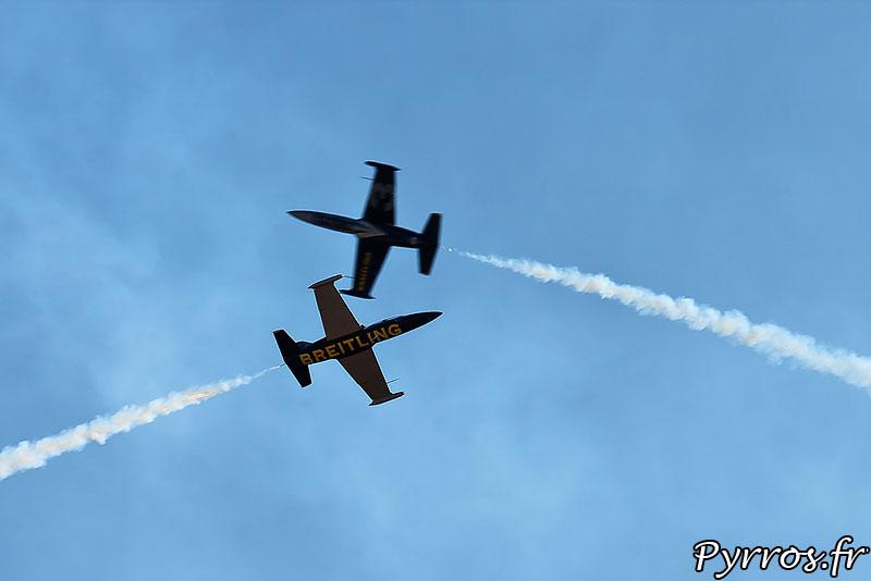 Breitling Jet Team percussion (vitesse de rapprochement de 1500 km/h)