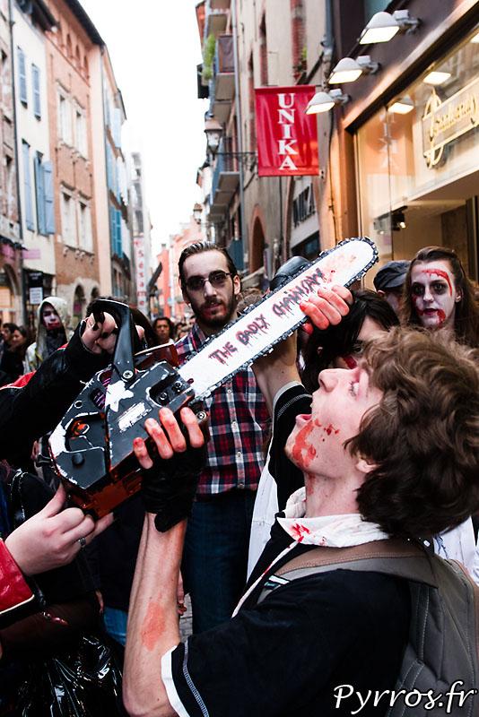 zombie tronçonneuse