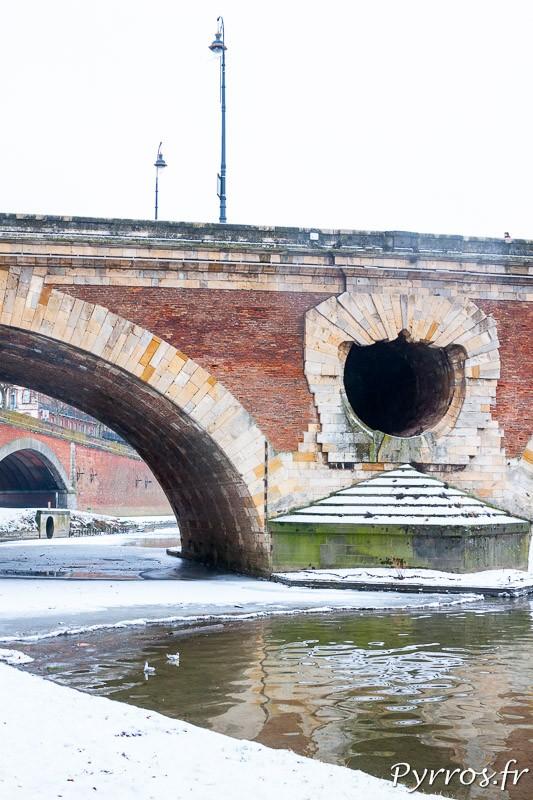 Dégueuloire du Pont Neuf, sous la neige.