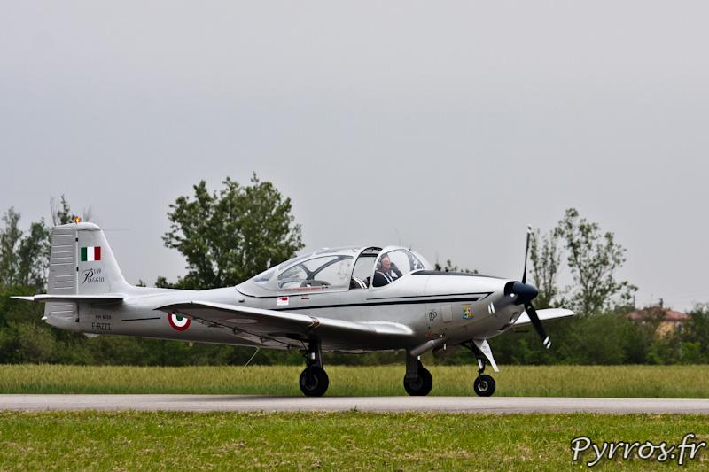 Piaggio P.149 atterrissage, Airexpo 2012