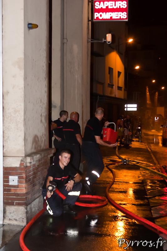 Rando pistolets a eau de Roulez Rose, avec les pompiers de la caserne Lougnon