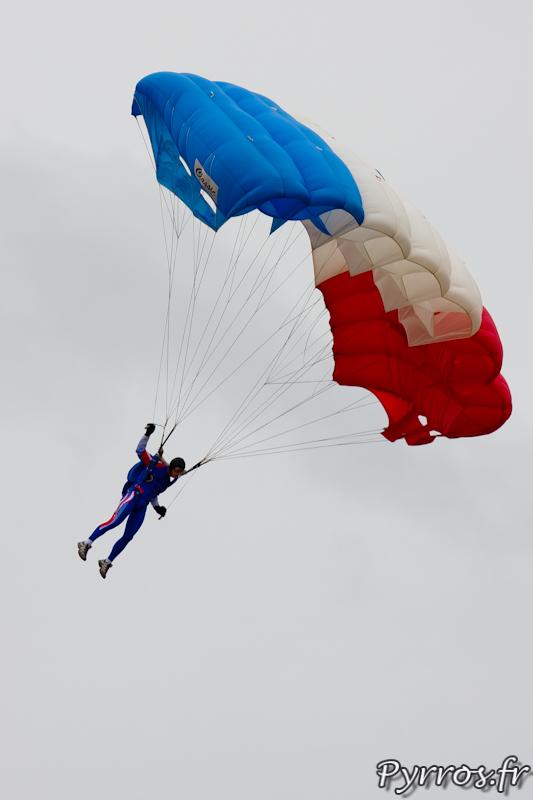 Gimont Aero, Equipe de Parachutistes de Présentation et de Compétition de l'Armée de l'Air, préparation à l'atterrissage