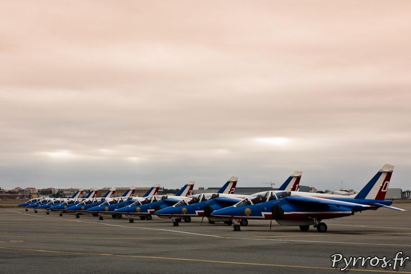 Patrouille de France en parking à l'aéroport de Toulouse-Blagnac