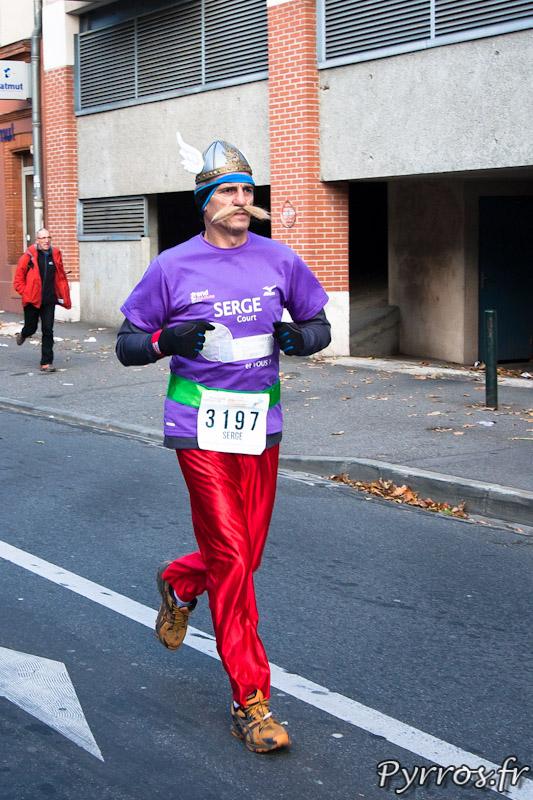 Marathon International de Toulouse Métropole, Asterix (dossard 3197)