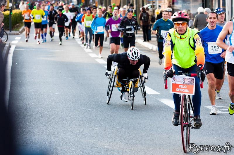 Marathon Handisport certains concurrents se font rattraper par les valides
