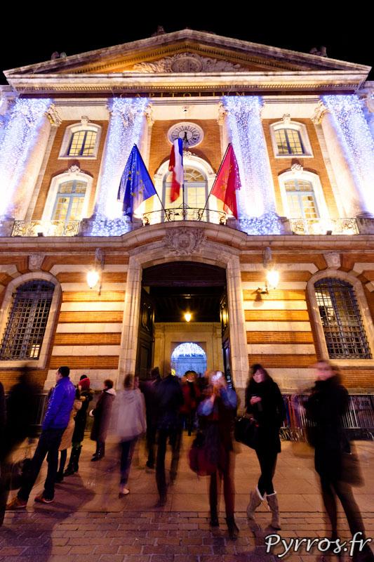 Facade du Capitole decorée pour Noël