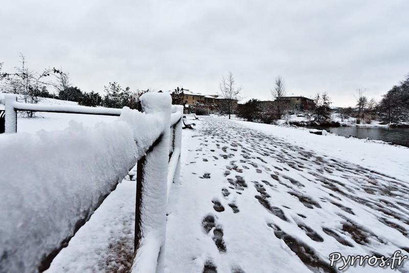 Le parc de la Maourine dans son manteau blanc