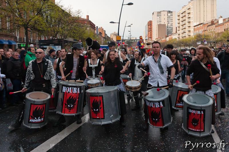 Le carnaval de Toulouse commence rythme par les batucada