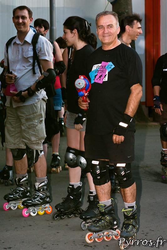 Randonnée roller pistolets à eau organisée par Roulez Rose