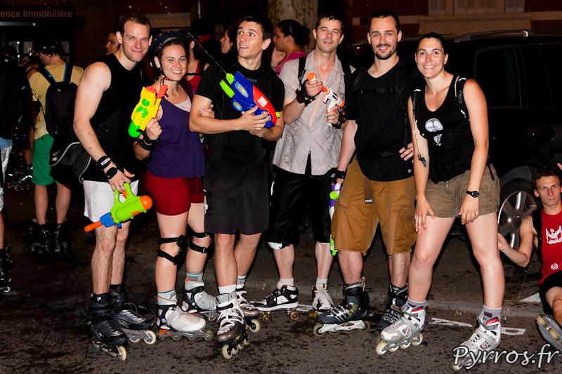 après la soirée les patineurs sentent le chlore des fontaines dans lesquelles ils ont rechargé leur pistolet