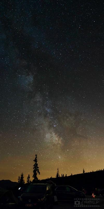 Panoramique de la voie lactée au Margériaz montrant bien l'effet de la pollution lumineuse du bassin chambérien sur celle-ci Juillet 2014 - 5 photos / Nikon D800+Sigma 50mm ART f/1.4 / ISO3200 / 10s / f/2.8