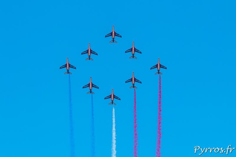 La patrouille de France en formation losange
