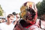 Iron Man zombifié lors de la marche des zombies de Toulouse