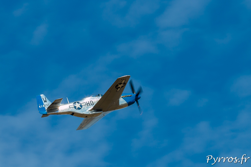 North American P51 Mustang brille sous le soleil