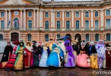 Les membres de l'association Veneziarte posent pour les photographes