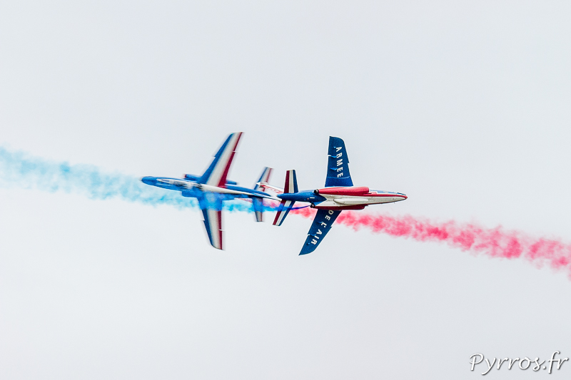 Patrouille de France croisement des pilotes solo