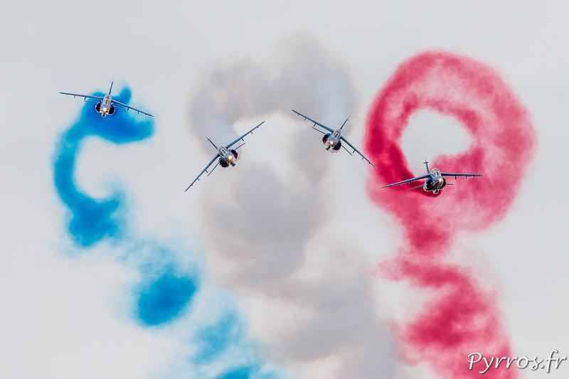 La Patrouille de France le box avant