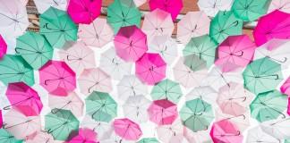 Umbrella Sky les parapluies de SEXTAFEIRA au dessus des toulousains