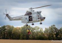 Sud-Aviation SA.330 Puma, simulation de récupération de secouristes