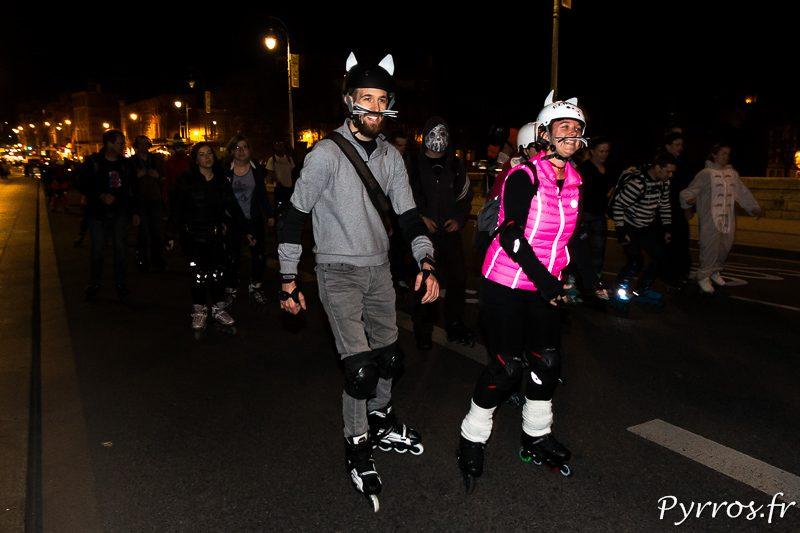 On a croisé un couple de chat dans rando Carnaval de Roulez Rose