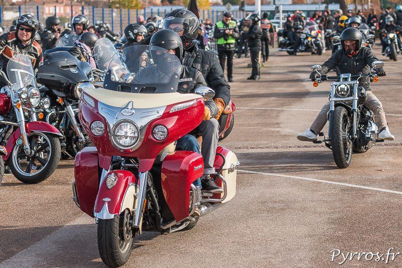 Les bikers rendent un dernier hommage à Johnny Hallyday devant le Zénith de ToulouseLes bikers rendent un dernier hommage à Johnny Hallyday devant le Zénith de Toulouse